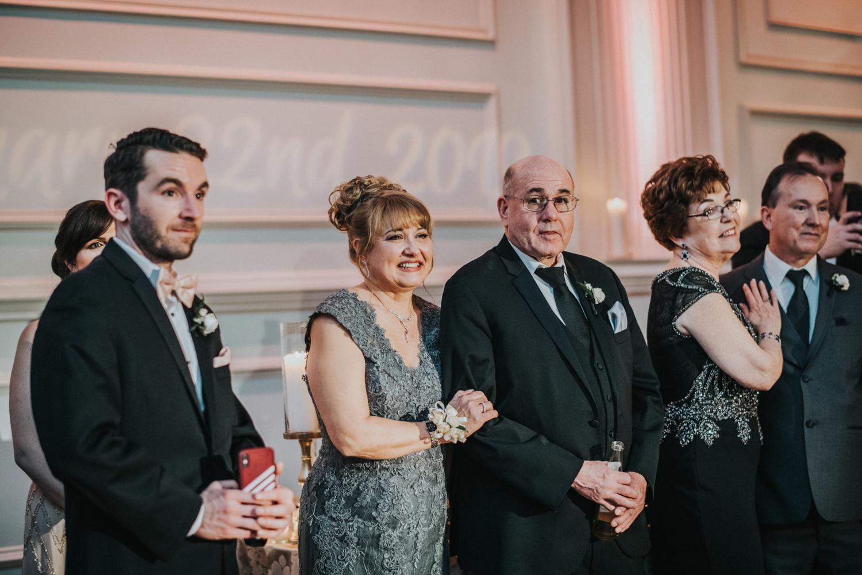 New-Jersey-Wedding-Photographer-JennaLynnPhotography-Wedding-Cescaphe-Ballroom-Philadelphia-Wedding-Blog-170.jpg