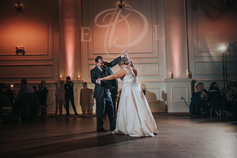 New-Jersey-Wedding-Photographer-JennaLynnPhotography-Wedding-Cescaphe-Ballroom-Philadelphia-Wedding-Blog-183.jpg