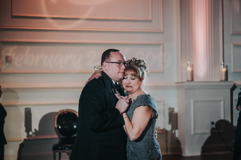 New-Jersey-Wedding-Photographer-JennaLynnPhotography-Wedding-Cescaphe-Ballroom-Philadelphia-Wedding-Blog-186.jpg