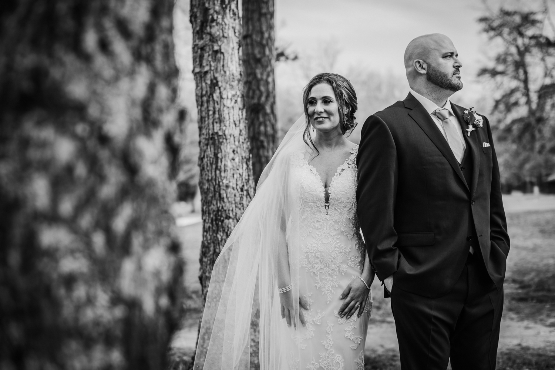 New-Jersey-Wedding-Photographer-Jenna-Lynn-Photography-Grove-at-Centerton-Wedding-CaitBob-BrideGroomBW-40.jpg
