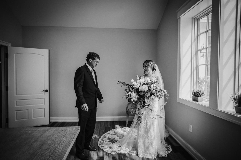 New-Jersey-Wedding-Photographer-Jenna-Lynn-Photography-Grove-at-Centerton-Wedding-CaitBob-FirstLookBW-6.jpg