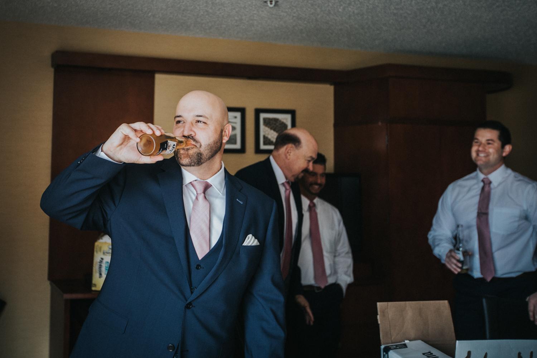 New-Jersey-Wedding-Photographer-Jenna-Lynn-Photography-Grove-at-Centerton-Wedding-CaitBob-GettingReady-22.jpg