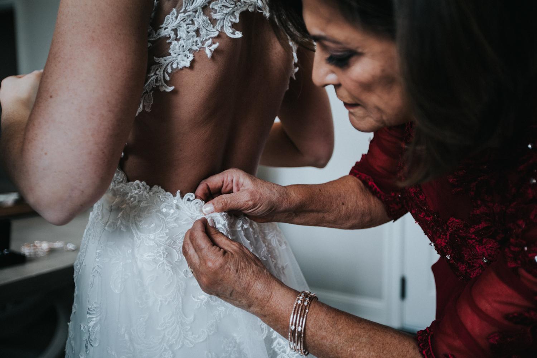 New-Jersey-Wedding-Photographer-Jenna-Lynn-Photography-Grove-at-Centerton-Wedding-CaitBob-GettingReady-53.jpg