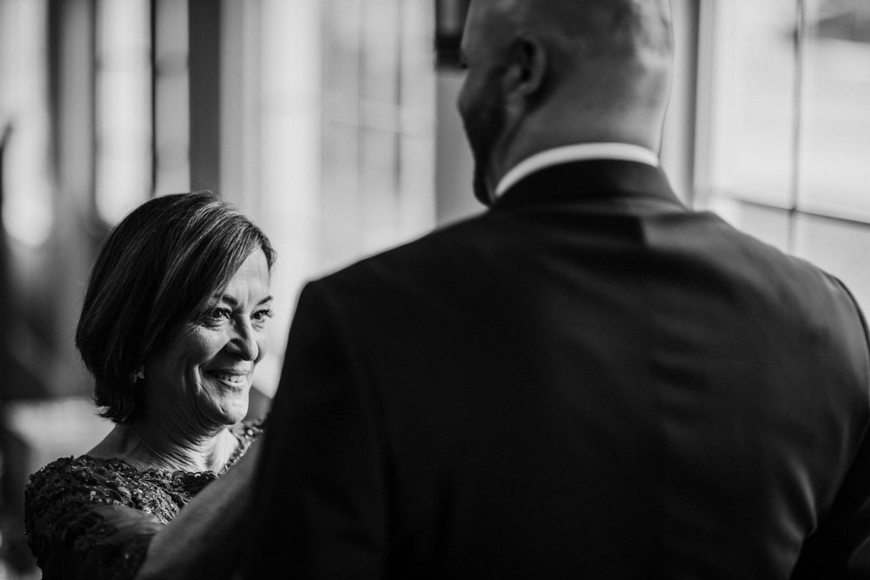 New-Jersey-Wedding-Photographer-Jenna-Lynn-Photography-Grove-at-Centerton-Wedding-CaitBob-GettingReadyBW-67.jpg