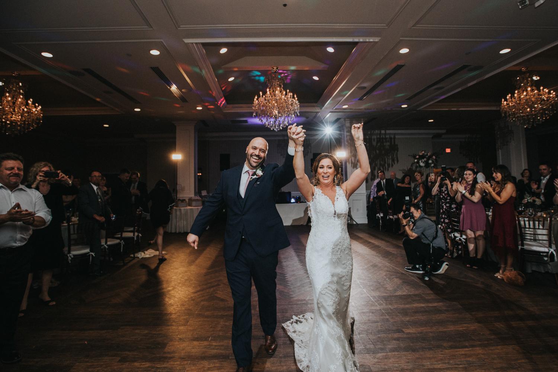 New-Jersey-Wedding-Photographer-Jenna-Lynn-Photography-Grove-at-Centerton-Wedding-CaitBob-Reception-25.jpg