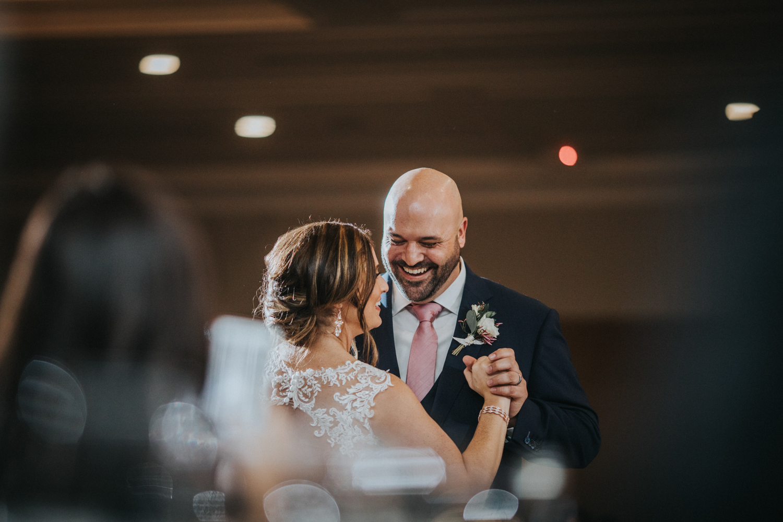 New-Jersey-Wedding-Photographer-Jenna-Lynn-Photography-Grove-at-Centerton-Wedding-CaitBob-Reception-37.jpg