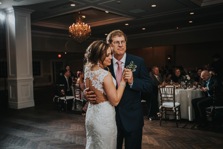 New-Jersey-Wedding-Photographer-Jenna-Lynn-Photography-Grove-at-Centerton-Wedding-CaitBob-Reception-89.jpg
