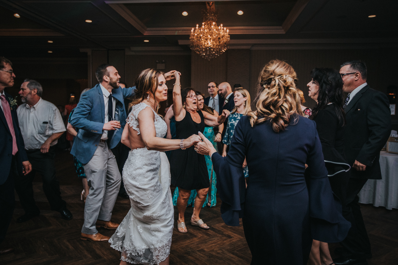 New-Jersey-Wedding-Photographer-Jenna-Lynn-Photography-Grove-at-Centerton-Wedding-CaitBob-Reception-103.jpg