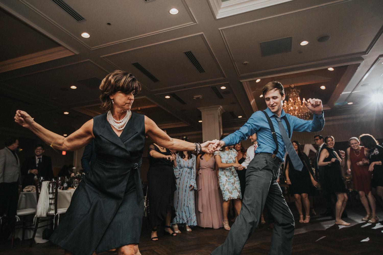 New-Jersey-Wedding-Photographer-Jenna-Lynn-Photography-Grove-at-Centerton-Wedding-CaitBob-Reception-118.jpg
