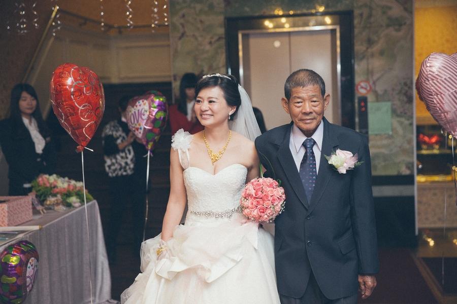 婚禮紀錄-推薦婚攝-默默推薦-高雄婚攝87.jpg