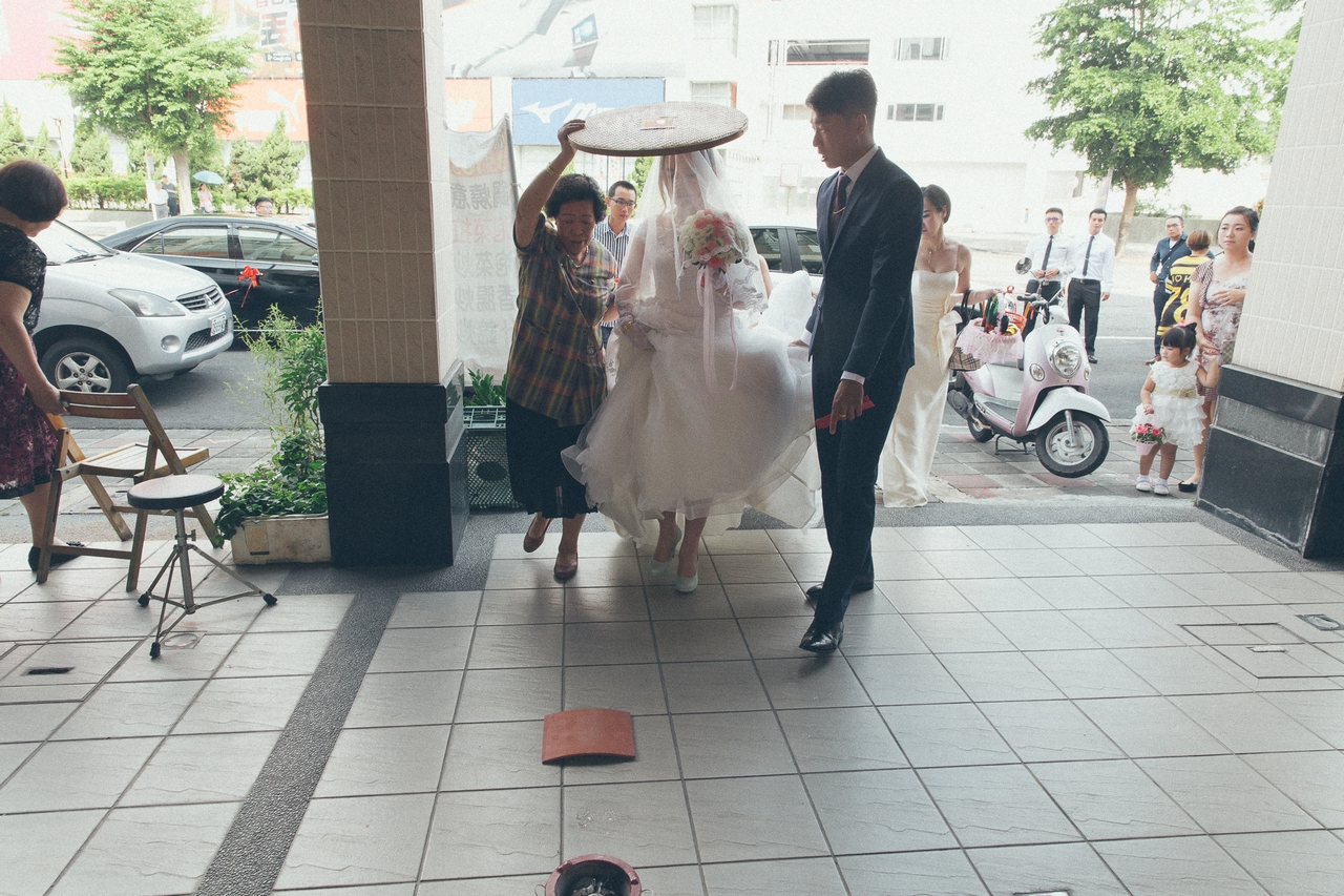 婚禮紀錄-推薦婚攝-默默推薦-高雄婚攝46.jpg