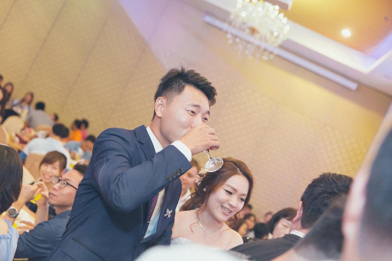 婚禮紀錄-推薦婚攝-默默推薦-高雄婚攝91.jpg