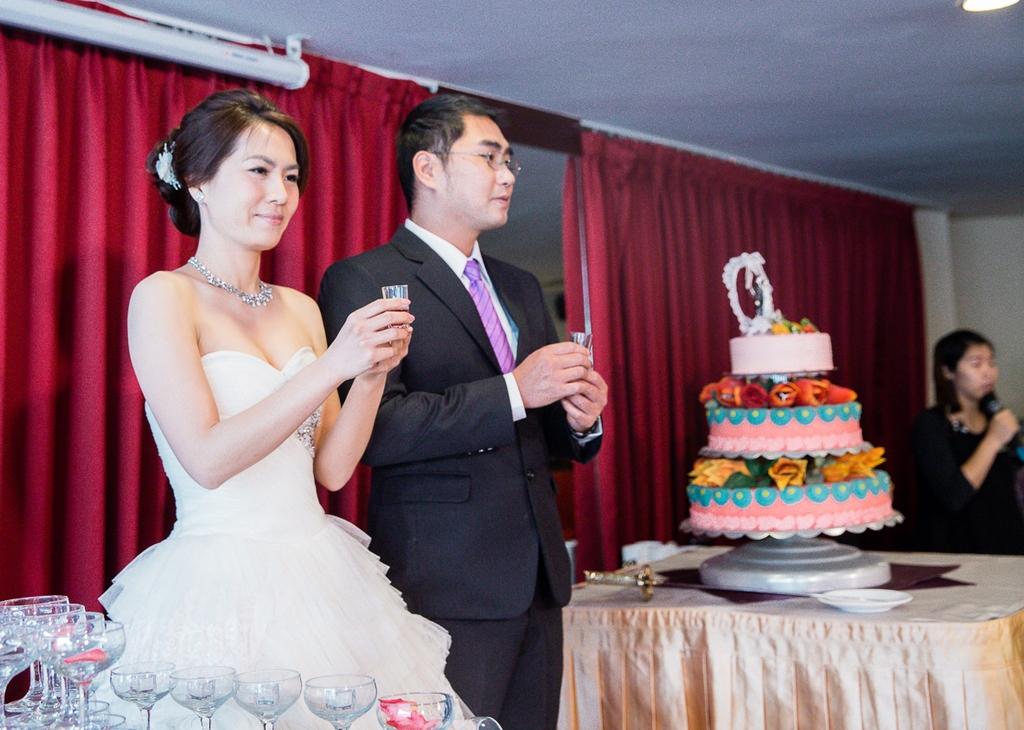婚禮紀錄-推薦婚攝-默默推薦-高雄婚攝10.jpg