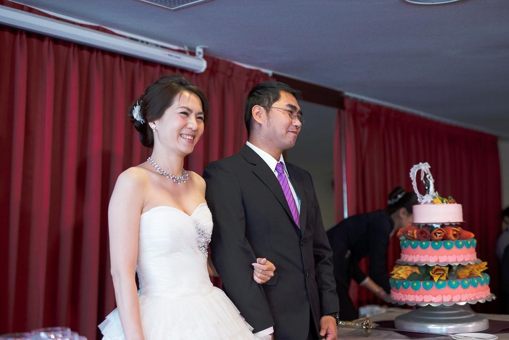 婚禮紀錄-推薦婚攝-默默推薦-高雄婚攝138.jpg