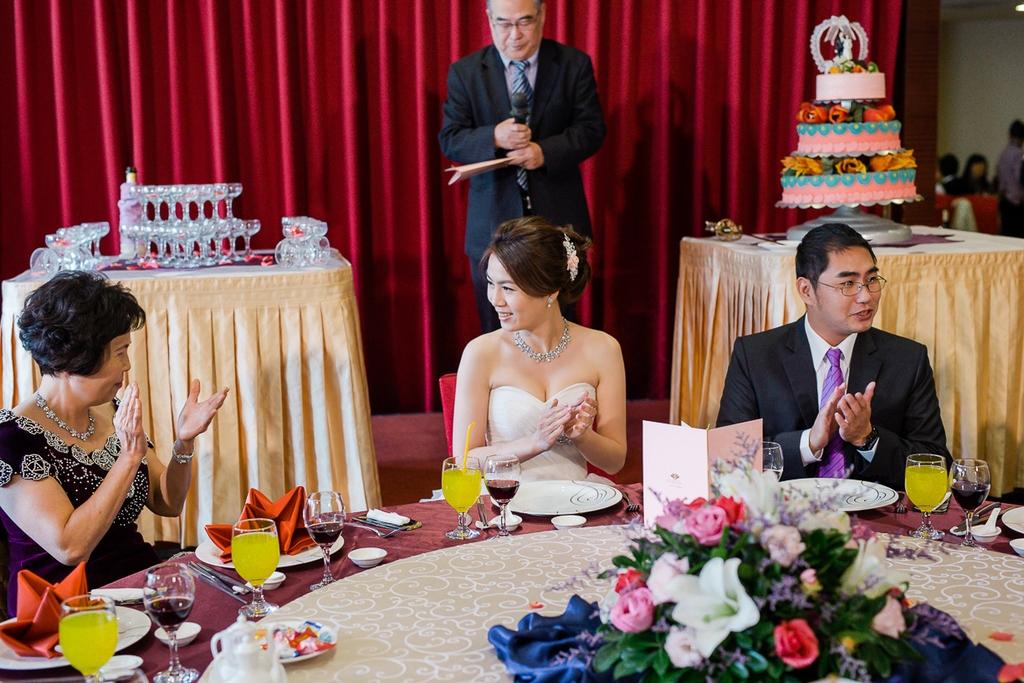 婚禮紀錄-推薦婚攝-默默推薦-高雄婚攝143.jpg