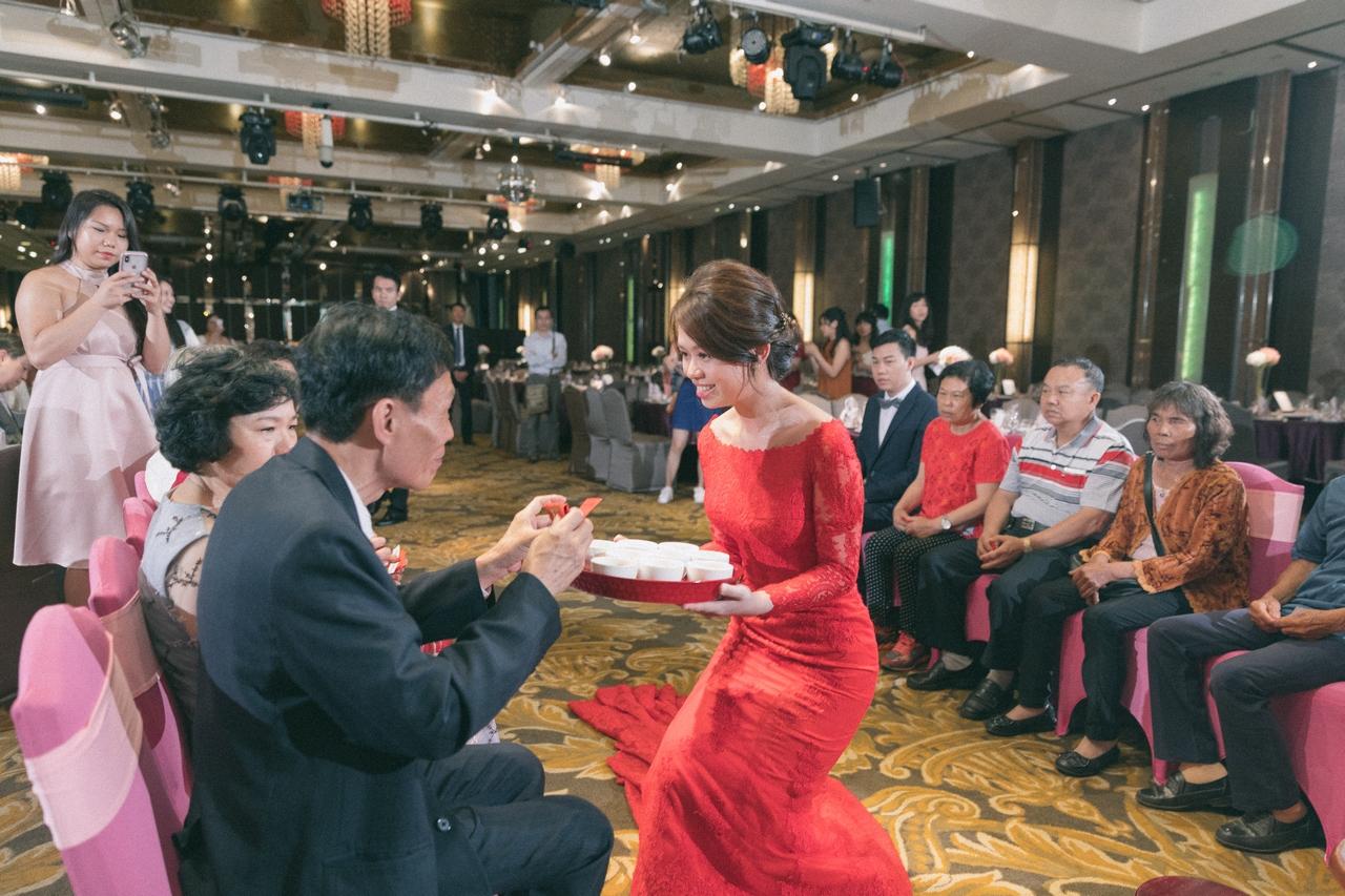 婚禮紀錄-推薦婚攝-默默推薦-高雄婚攝00018.jpg