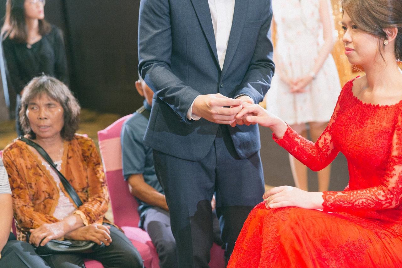 婚禮紀錄-推薦婚攝-默默推薦-高雄婚攝00048.jpg