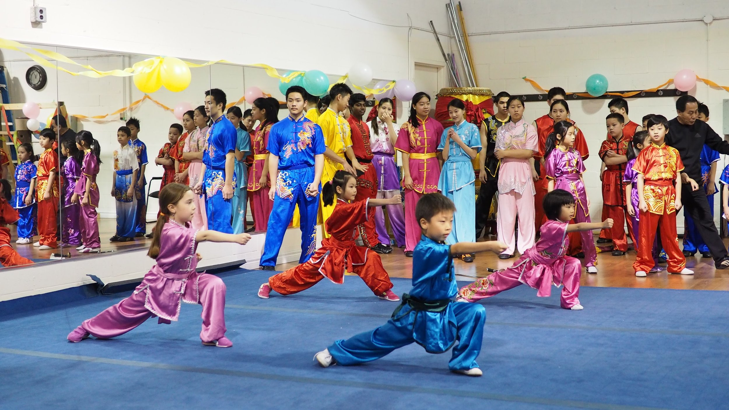 Wayland_Li_Wushu_2016_Holiday_Party_Jitiquan.JPG