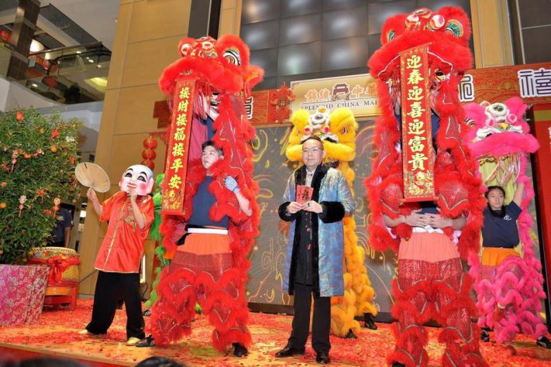 Amazing strength by our lion dance teams.