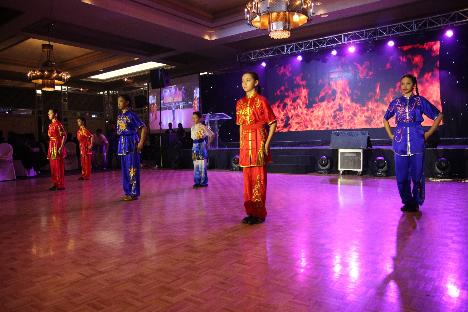 wayland-li-wushu-toronto-golden-daffodil-demonstration-team-1.jpg
