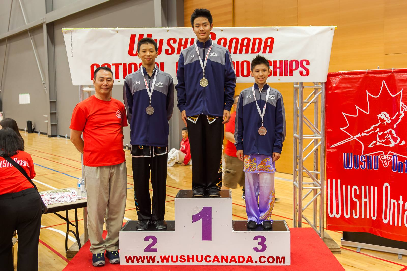 Wayland_Li_Wushu_National_Championships_Champions_2016_6.jpg