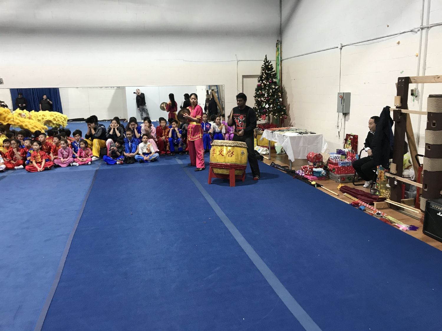 wayland-li-wushu-canada-ontario-toronto-classes-taolu-holiday-party-2017-03.jpg