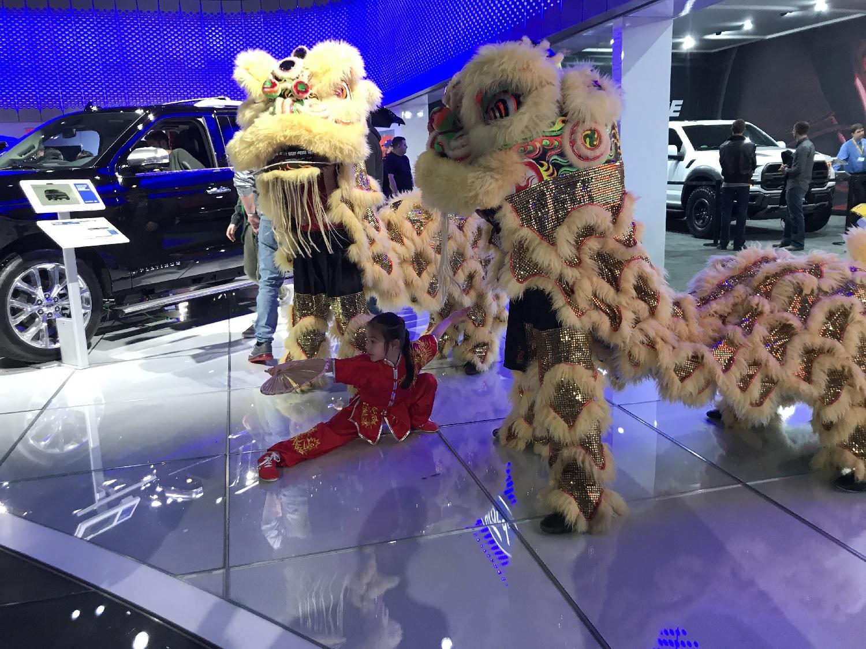 wayland-li-wushu-toronto-autoshow-2018-lion-dance-05.jpg