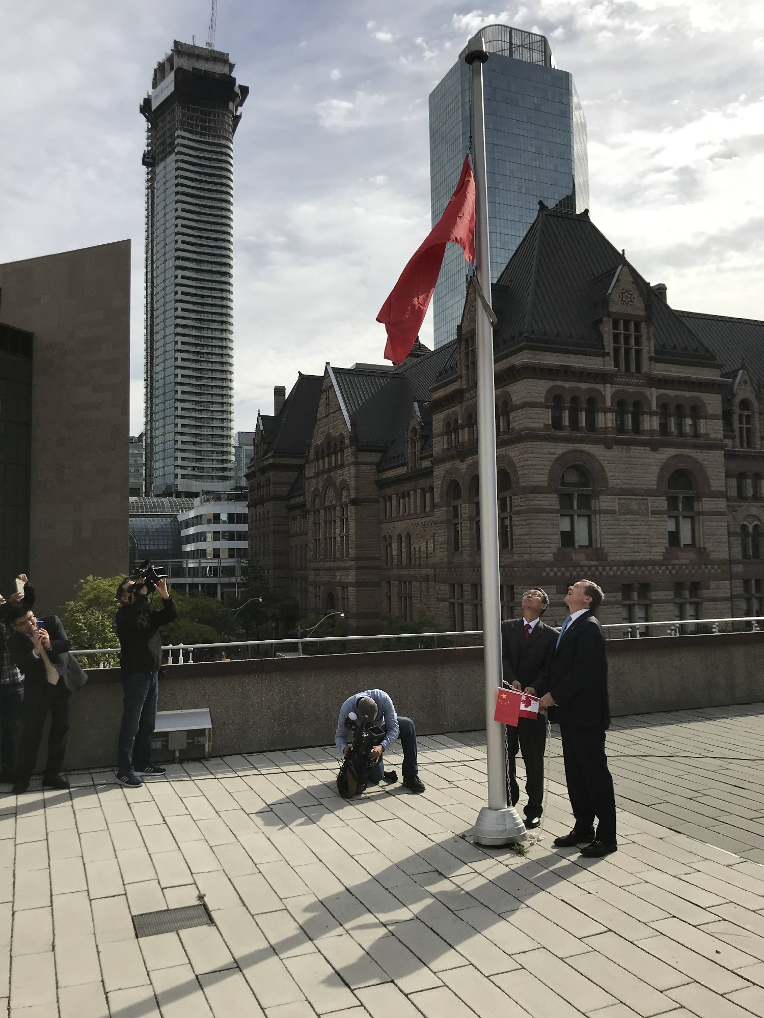 wayland-li-wushu-toronto-china-national-day-flag-raising-city-hall-2018-04.jpg