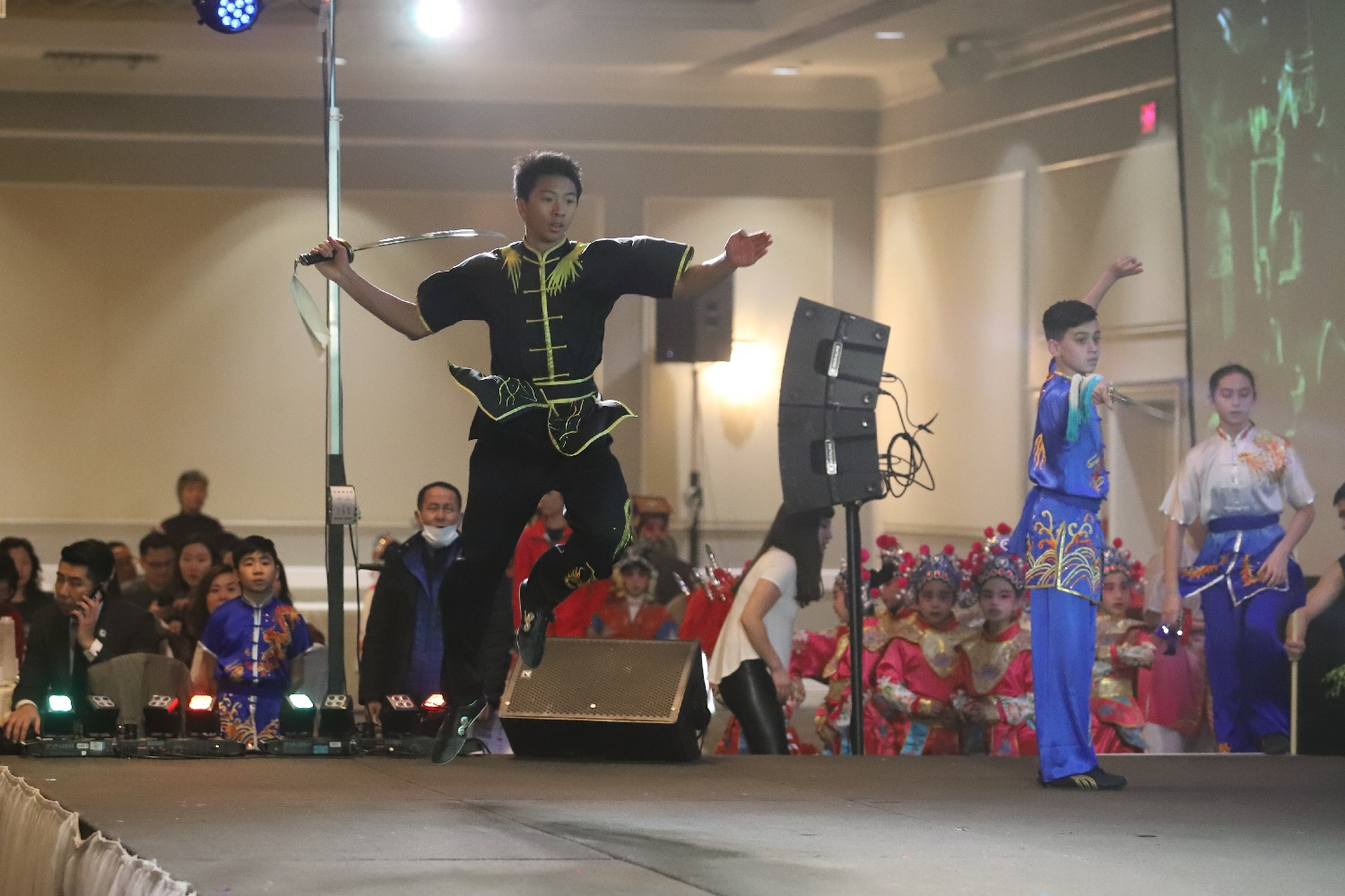 wayland-li-wushu-chinese-new-year-henan-association-canada-2019-20.jpg