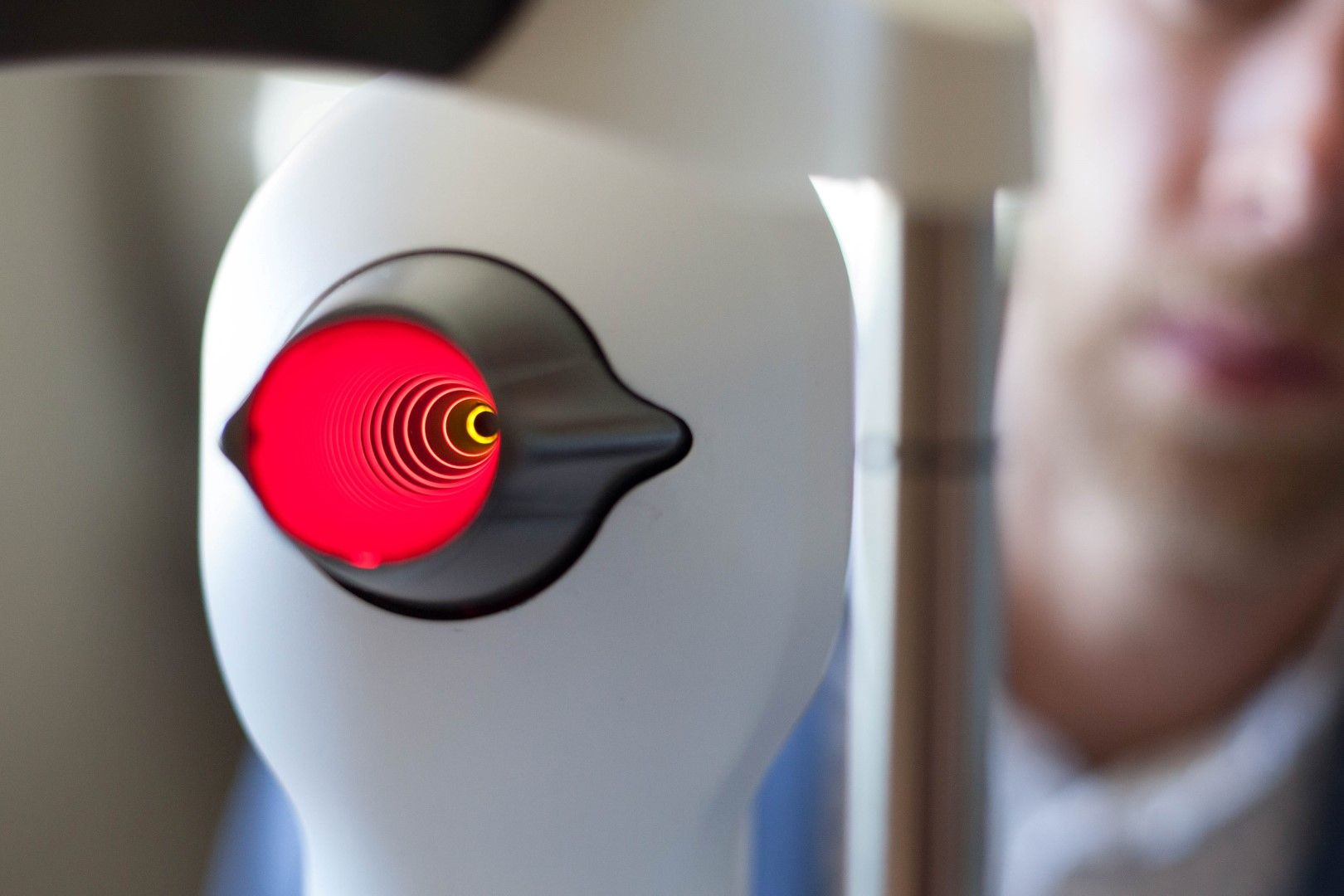 Our corneal topographer device: used to accurately measure the shape of your eye for contact lens fitting.