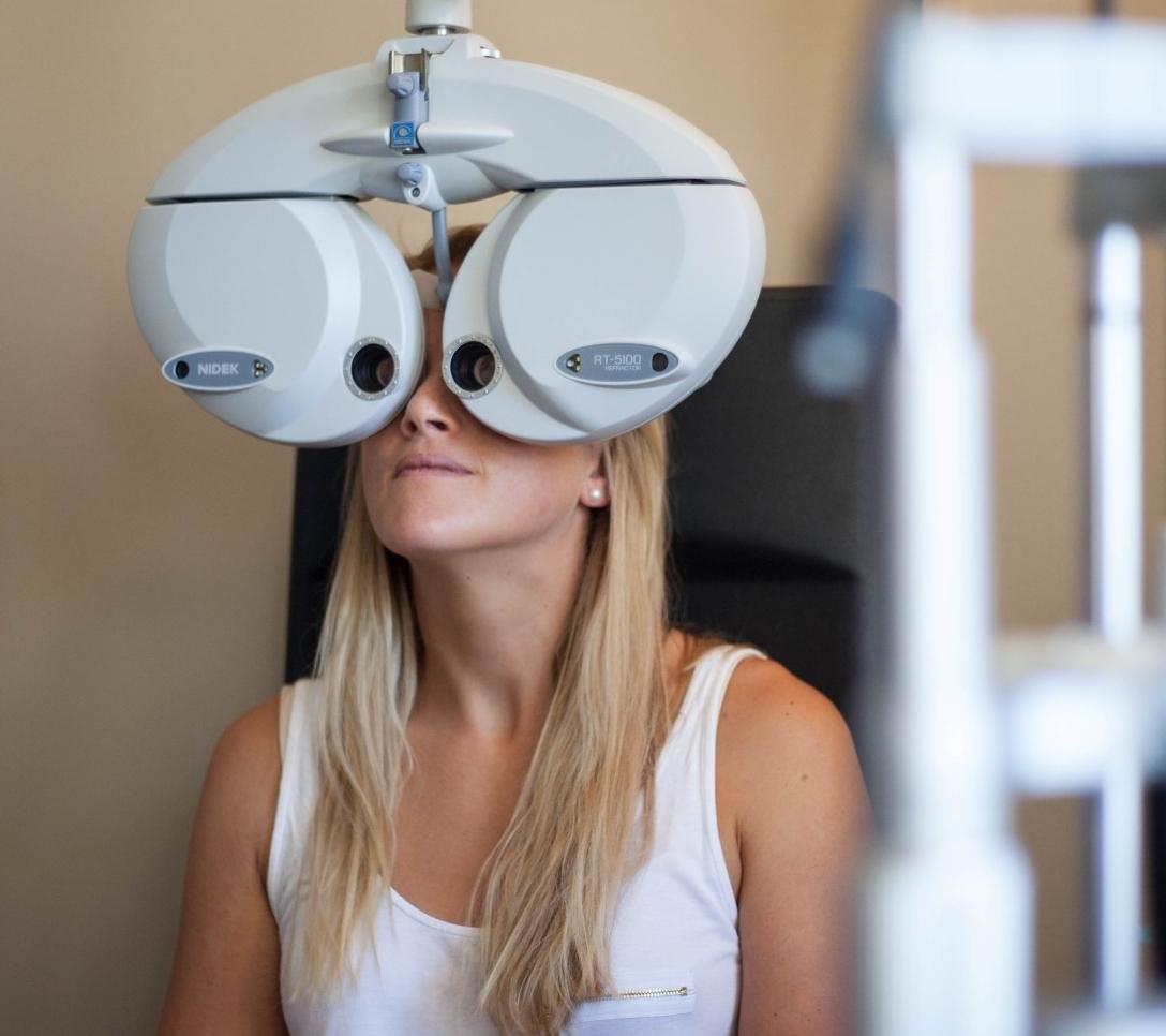 bay eye care examination.jpg