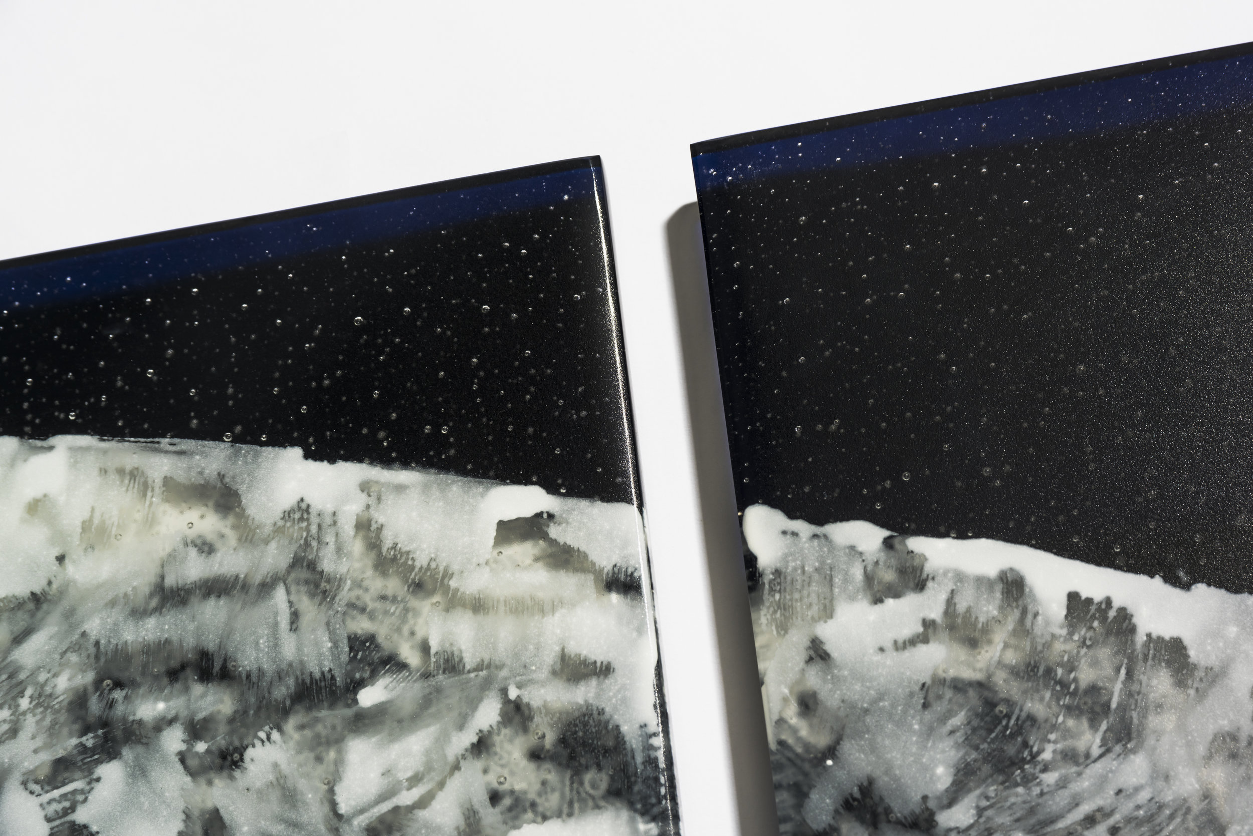 Lisa Cahill, Nocturnal  (detail),2017,kiln formed and enameled glass,48 x 130 x 2 cm. Photos: Greg Piper.