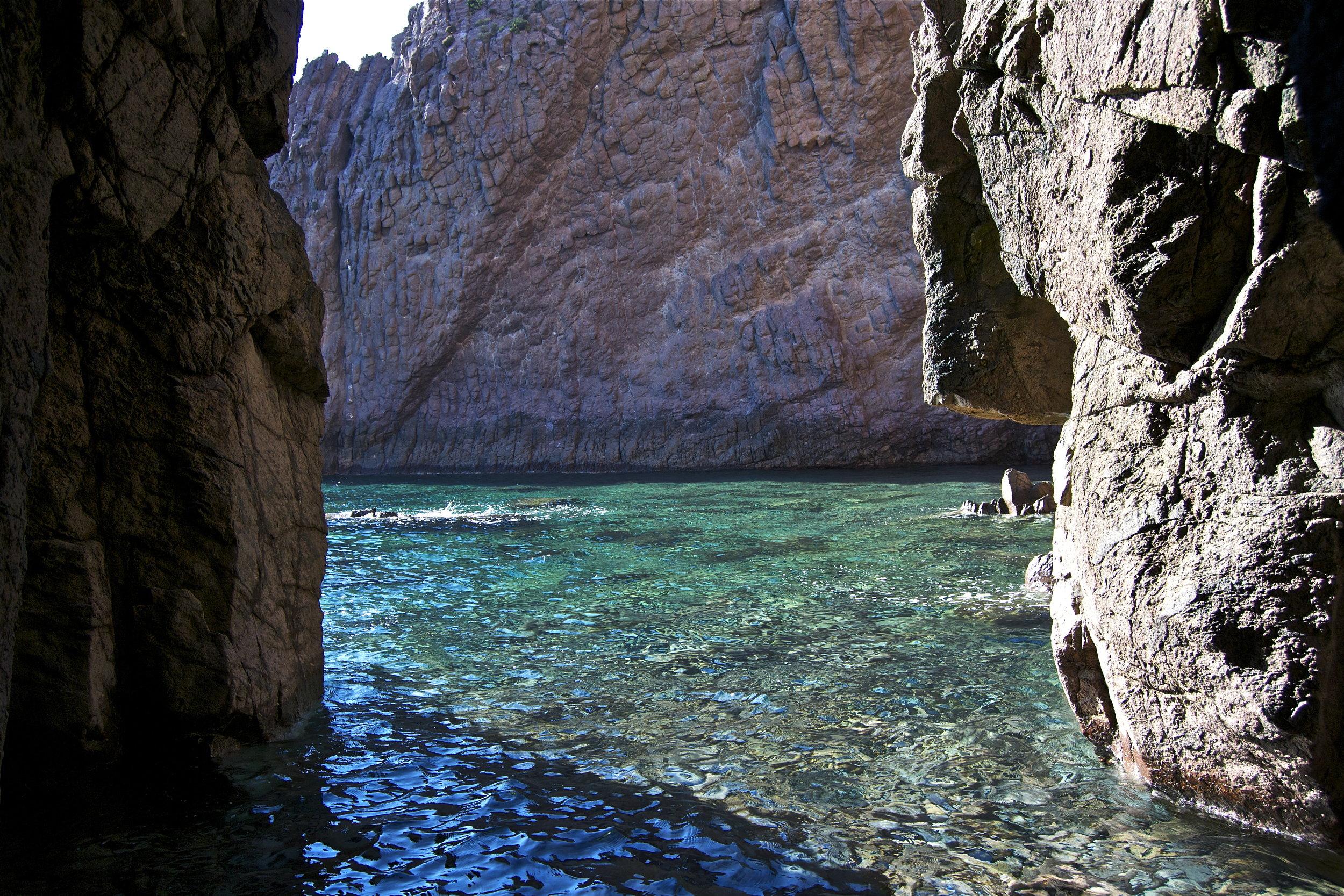 grotta della spiaggetta.jpg