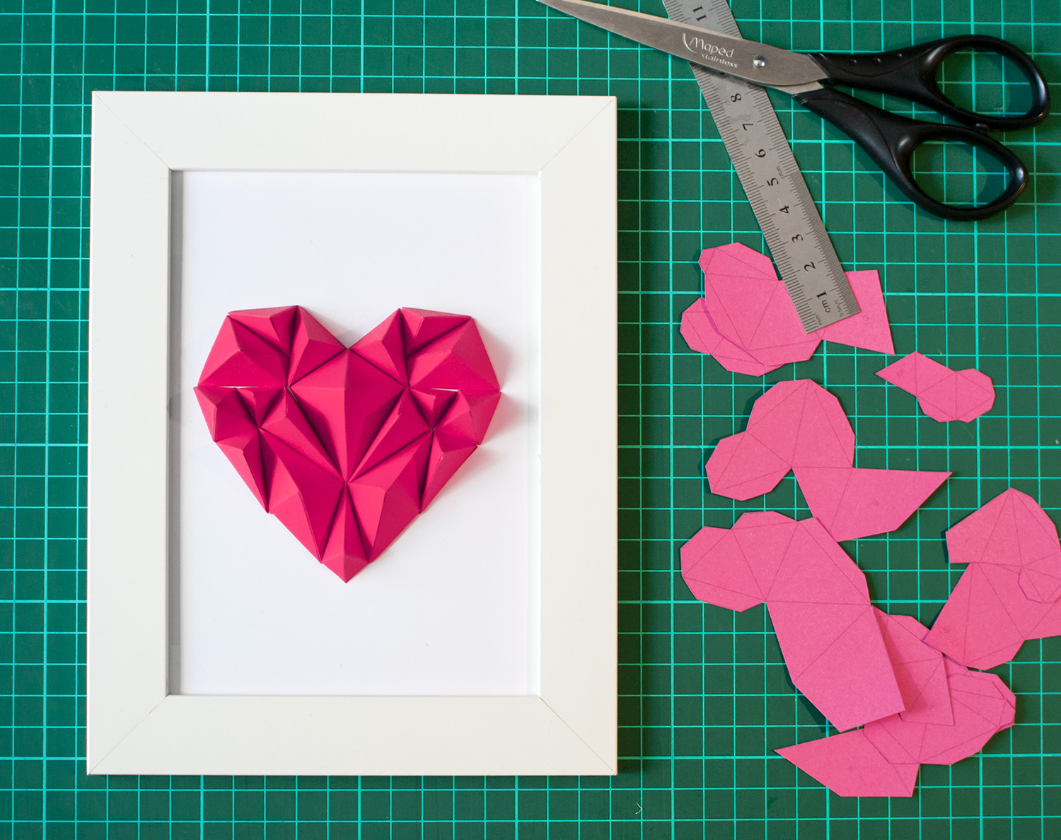 Heart_ALTAPapercraft_layout_pink.jpg