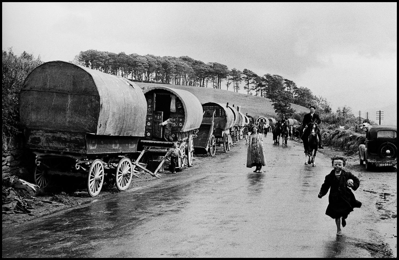 Tinkers (Irish gypsies), Killorglin, County Kerry, Ireland, 1954 © Inge Morath