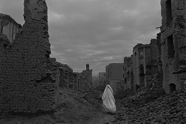 © Afghanistan, Kaboul, 1996 © James Nachtwey Archive, Hood Museum of Art, Dartmouth