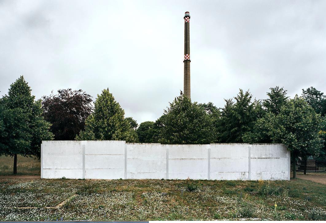 ©Patrick Tourneboeuf, Berlin, Beyond de Wall #10, 2003.jpg