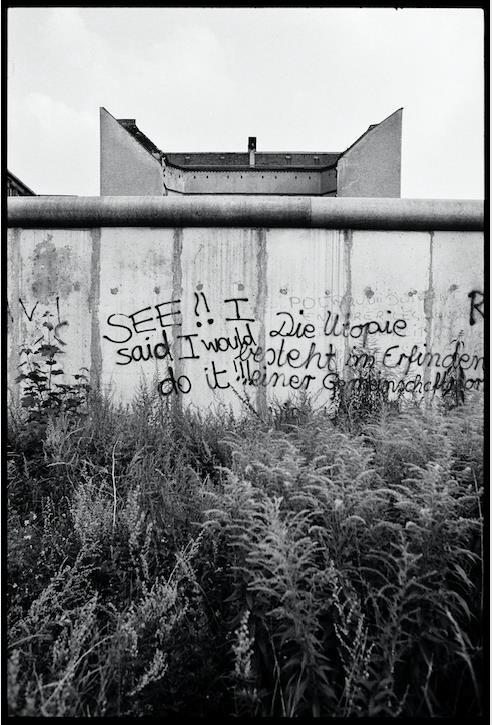 ©Patrick Tourneboeuf, Berlin, Beyond de Wall #127, 1988.jpg