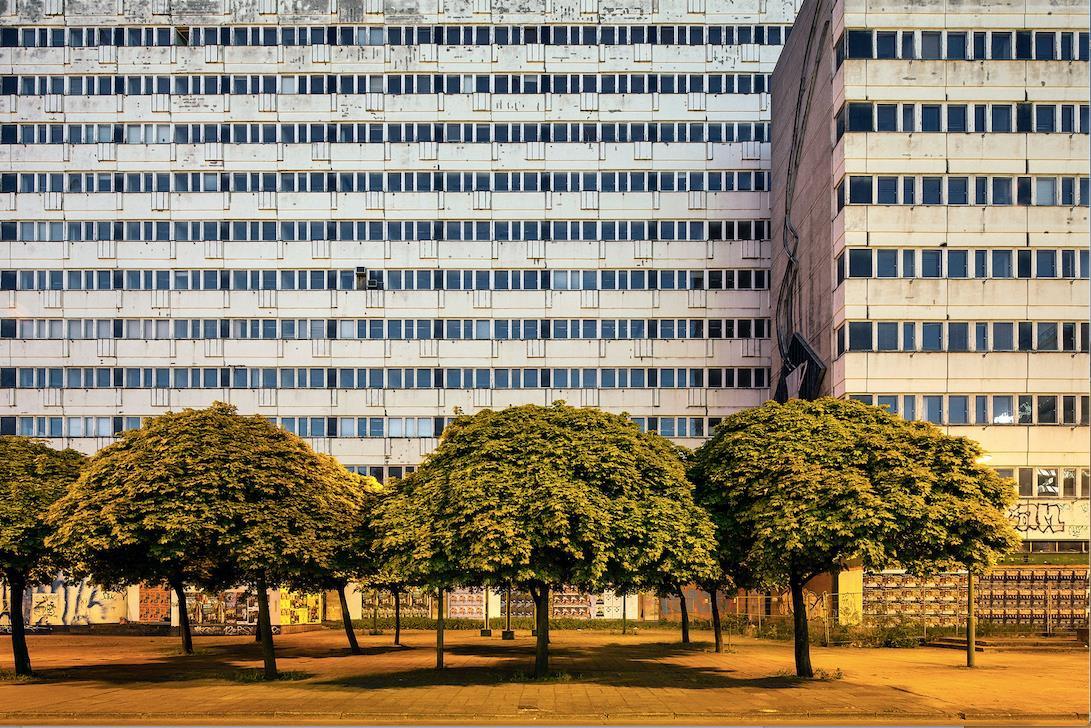 ©Patrick Tourneboeuf, Berlin, Beyond de Wall #215, 2014.jpg