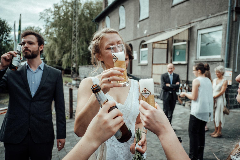 Hochzeitsfotograf-Stöffelpark-Enspel-Burbach-NRW-Kevin Biberbach-KEVIN Fotografie-Aachen-Natürliche-Hochzeitsreportage-095.jpg