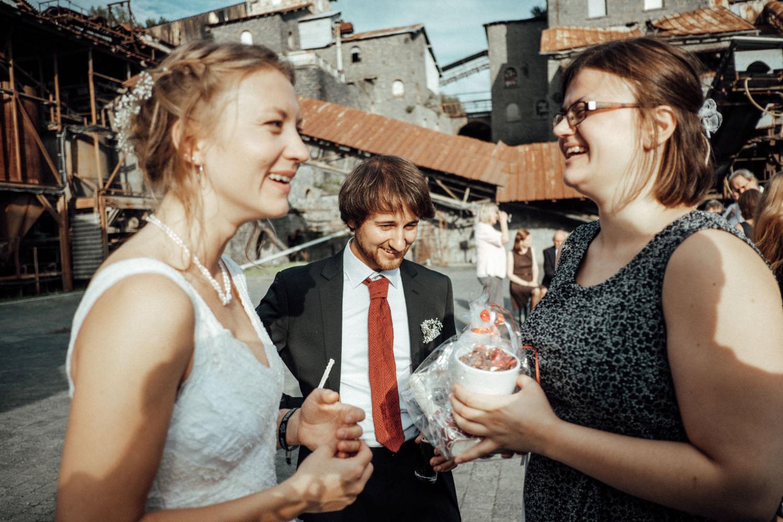 Hochzeitsfotograf-Stöffelpark-Enspel-Burbach-NRW-Kevin Biberbach-KEVIN Fotografie-Aachen-Natürliche-Hochzeitsreportage-121.jpg