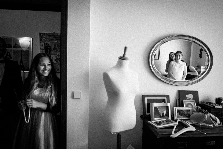 Zelthochzeit-Inspiration-Hochzeitsreportage-natürlich-Hessenhof-Coburg-Oberfranken-Aachen-Hochzeitsfotograf-Kevin Biberbach-KEVIN Fotografie-Junebug-Hochzeitswahn-029.jpg