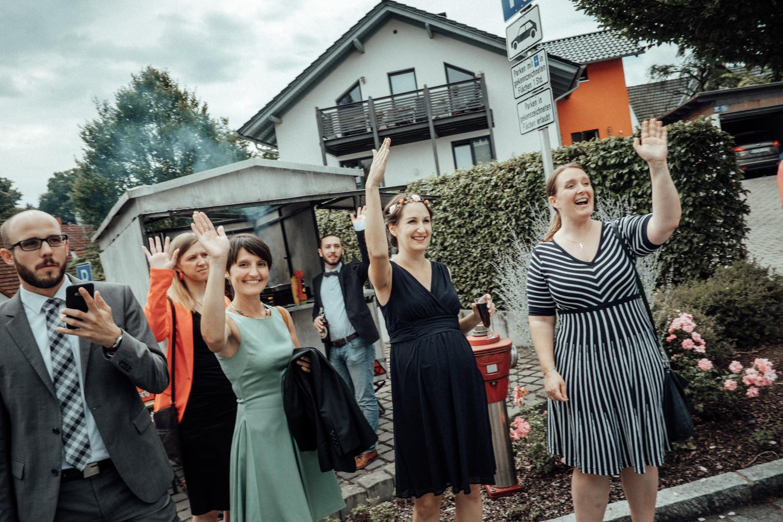 Zelthochzeit-Inspiration-Hochzeitsreportage-natürlich-Hessenhof-Coburg-Oberfranken-Aachen-Hochzeitsfotograf-Kevin Biberbach-KEVIN Fotografie-Junebug-Hochzeitswahn-085.jpg