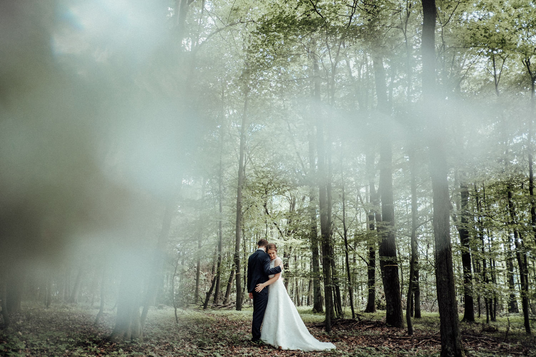 Zelthochzeit-Inspiration-Hochzeitsreportage-natürlich-Hessenhof-Coburg-Oberfranken-Aachen-Hochzeitsfotograf-Kevin Biberbach-KEVIN Fotografie-Junebug-Hochzeitswahn-104.jpg