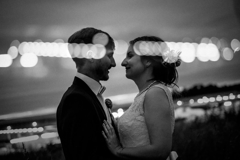 Zelthochzeit-Inspiration-Hochzeitsreportage-natürlich-Hessenhof-Coburg-Oberfranken-Aachen-Hochzeitsfotograf-Kevin Biberbach-KEVIN Fotografie-Junebug-Hochzeitswahn-132.jpg