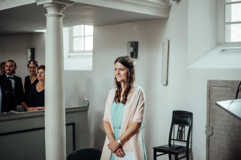 Zelthochzeit-Inspiration-Hochzeitsreportage-natürlich-Hessenhof-Coburg-Oberfranken-Aachen-Hochzeitsfotograf-Kevin Biberbach-KEVIN Fotografie-Junebug-Hochzeitswahn-001-2.jpg