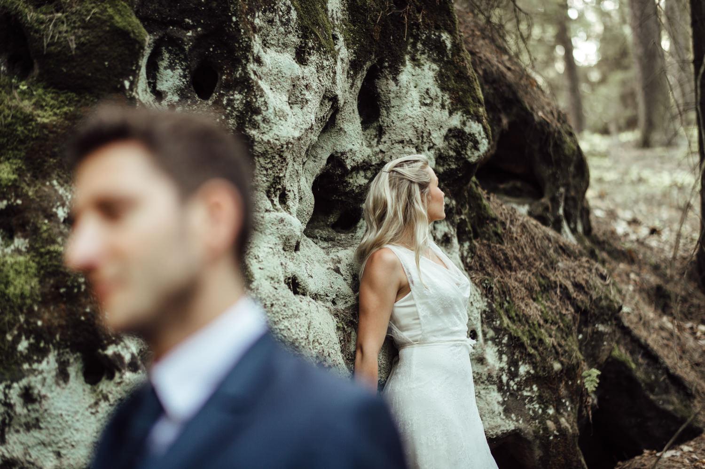 Elopement-After Wedding Shooting-Hochzeitsreportage-Böhmische Schweiz-Sächsische Schweiz-Inspiration-Hochzeitsfotograf-Aachen-Kevin Biberbach-KEVIN Fotografie-Fujifilm-Hochzeitswahn-Hochzeit-07.jpg