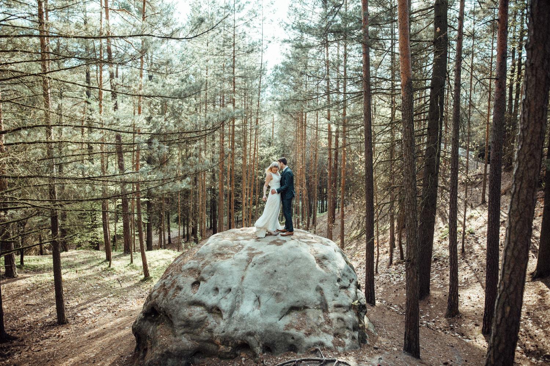 Elopement-After Wedding Shooting-Hochzeitsreportage-Böhmische Schweiz-Sächsische Schweiz-Inspiration-Hochzeitsfotograf-Aachen-Kevin Biberbach-KEVIN Fotografie-Fujifilm-Hochzeitswahn-Hochzeit-27.jpg
