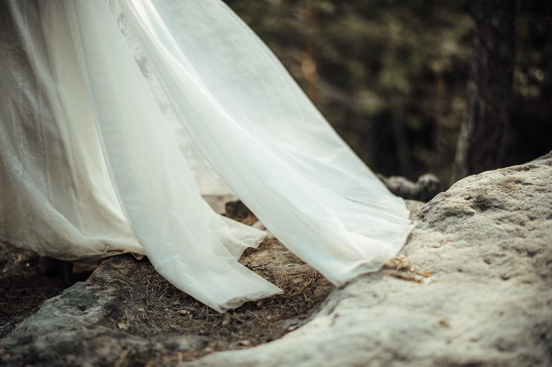 Elopement-After Wedding Shooting-Hochzeitsreportage-Böhmische Schweiz-Sächsische Schweiz-Inspiration-Hochzeitsfotograf-Aachen-Kevin Biberbach-KEVIN Fotografie-Fujifilm-Hochzeitswahn-Hochzeit-32.jpg