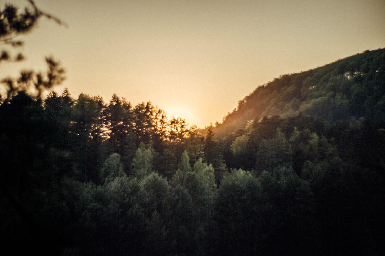 Elopement-After Wedding Shooting-Hochzeitsreportage-Böhmische Schweiz-Sächsische Schweiz-Inspiration-Hochzeitsfotograf-Aachen-Kevin Biberbach-KEVIN Fotografie-Fujifilm-Hochzeitswahn-Hochzeit-70.jpg